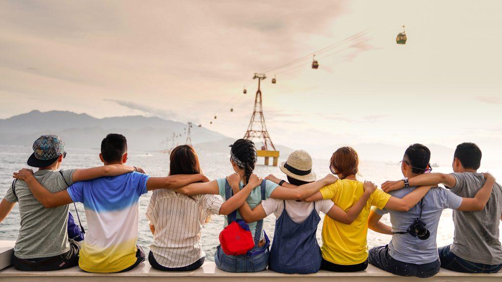 grupa bliskich znajomych- z kim przystajesz takim się stajesz.